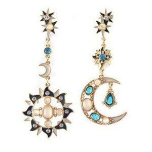 (BI) sun and moon earrings